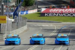 Ники Катсбург, Нестор Джиролами и Тед Бьорк, Polestar Cyan Racing, Volvo S60 Polestar TC1