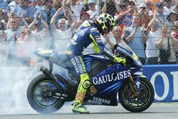 Переможець гонки Валентино Россі, Yamaha Factory Racing