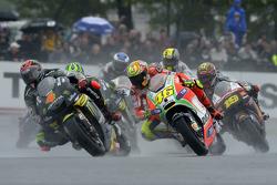 Andrea Dovizioso, Yamaha Tech 3 and Valentino Rossi, Ducati Marlboro Team