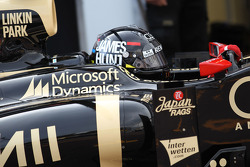 Kimi Raikkonen, Lotus F1 wearing a James Hunt helmet