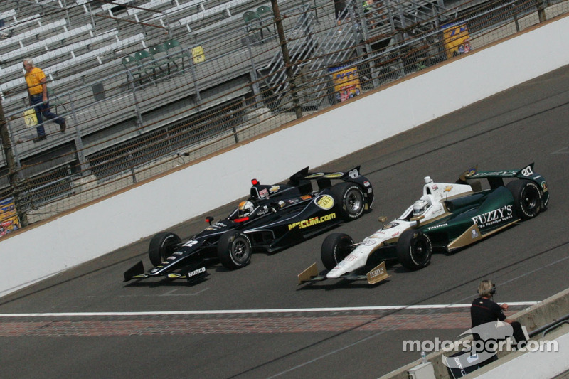 Oriol Servia, Panther/Dreyer & Reinbold Racing Chevrolet and Ed Carpenter, Ed Carpenter Racing Chevrolet