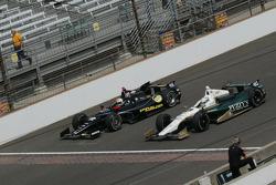 Oriol Servia, Panther/Dreyer & Reinbold Racing Chevrolet and Ed Carpenter, Ed Carpenter Racing Chevrolet