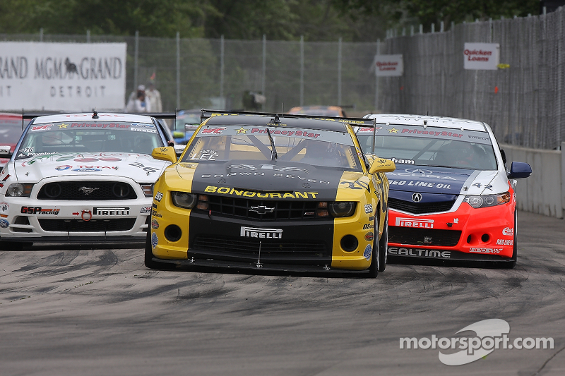 Andy Lee, Camaro Peter Cunningham, Acura TSX Aaron Povoledo, Ford Mustang Boss 302S