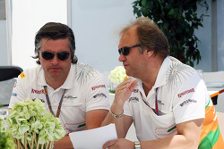 Andy Stevenson, Sahara Force India F1 Team Manager with Robert Fearnley, Sahara Force India F1 Team Deputy Team Principal