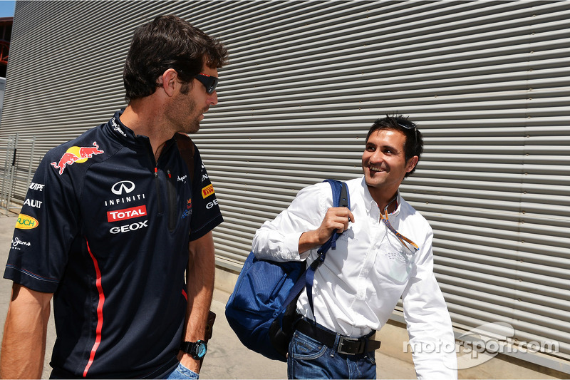 Mark Webber, Red Bull Racing with his trainer Richard Conner (AUS)