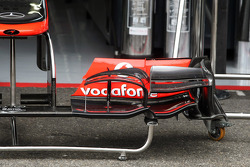 McLaren MP4/27 front wing detail