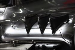 McLaren sidepod winglet detail