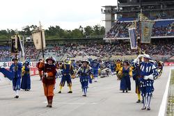 Un desfile en el circuito