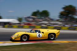 #4 1968 Lola T70 MkIIIB: Duncan Dayton