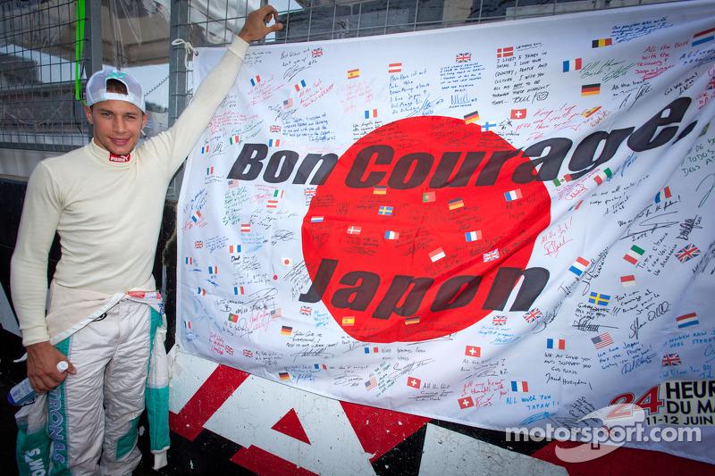 Loic Duval en Japanse vlag