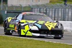 #46 Kessel Racing, Ferrari 458 Italia: Valentino Rossi, Alessio Salucci, Andrea Ceccato