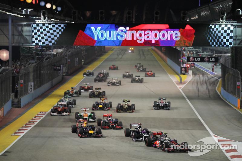 Lewis Hamilton, McLaren leidt bij de start