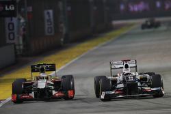 Narain Karthikeyan, HRT F1 Team HRT pasa a Kamui Kobayashi, Sauber