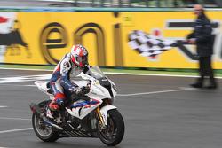 Marco Melandri takes second place