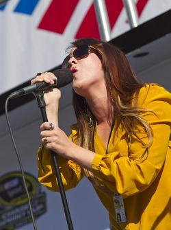 Chelsea Rain performs