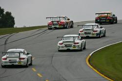 De l'action en Porsche