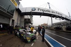 #19 BMW Team Schubert BMW Z4: Uwe Alzen, Philipp Wlazik, Niclas Kentenich