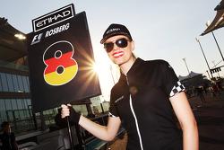 Gridgirl voor Nico Rosberg, Mercedes AMG F1