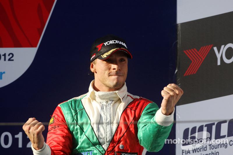 3rd position Stefano D'Aste, BMW 320 TC, Wiechers-Sport