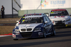 Alberto Cerqui, BMW 320 TC, ROAL Motorsport and Tiago Monteiro, Honda Civic Super 2000 TC, Honda Racing Team Jas