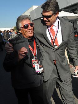 Mario Andretti et Rick Perry, gouverneur du Texas