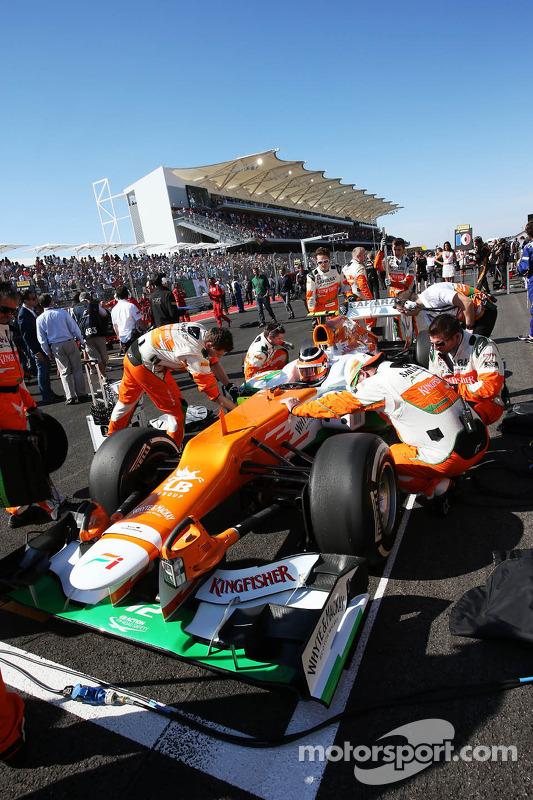 Nico Hulkenberg, Sahara Force India F1 VJM05 on the grid