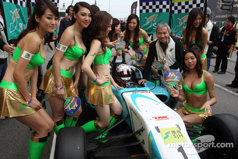 Даниэль Хункаделья. ГП Макао, субботняя гонка.