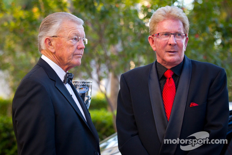 Joe Gibbs and Z-Line Designs President en CEO Jim Sexton