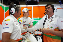 Nico Hulkenberg, Sahara Force India F1 with Neil Dickie, Sahara Force India F1 Team, and Bradley Joyce, Sahara Force India F1 Race Engineer