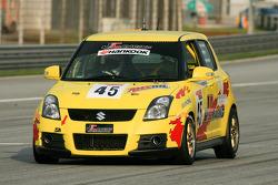 #45 Suzuki Swift: Keifli / Kesavamoorthy / Akash Nandy - JC Racing