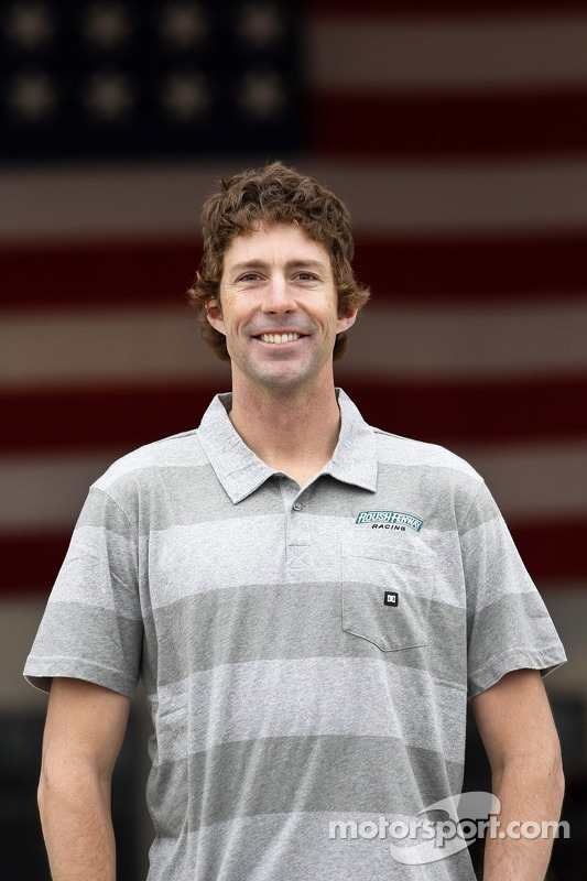 Travis Pastrana anunciado pela Roush-Fenway Racing