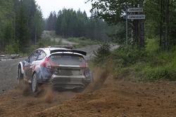 Хироки Араи и Глен Макнилл, Ford Fiesta R5, Tommi Mäkinen Racing