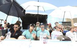 Jérôme d'Ambrosio, Dragon Racing, Nelson Piquet Jr., NEXTEV TCR Formula E Team, Oliver Turvey, NEXTEV TCR Formula E Team, and Felix Rosenqvist, Mahindra Racing, sign autographs