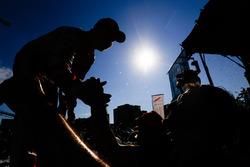 Felix Rosenqvist, Mahindra Racing, celebra en el podio
