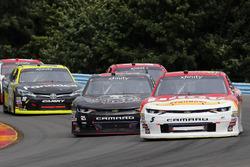 Michael Annett, JR Motorsports Chevrolet and Daniel Hemric, Richard Childress Racing Chevrolet