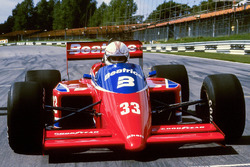 Alan Jones, Lola THL1