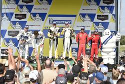 Podio GTLM: i vincitori della gara Antonio Garcia, Jan Magnussen, Corvette Racing, al secondo posto Ryan Briscoe, Richard Westbrook, Ford Performance Chip Ganassi Racing, al terzo posto Giancarlo Fisichella, Toni Vilander, Risi Competizione