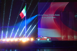 Ferrari 125 S e Ferrari 250 GTO durante lo spettacolo fatto per i 70 anni della Ferrari