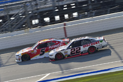 Michael Annett, JR Motorsports Chevrolet, Ryan Blaney, Team Penske Ford