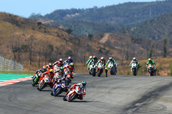 Леон Кам'єр, MV Agusta, попереду Міхаеля ван дер Марка, Pata Yamaha