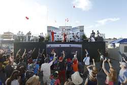 GTD podium: winners Alessandro Balzan, Christina Nielsen, Scuderia Corsa, second place Andy Lally, Katherine Legge, Michael Shank Racing, third place Patrick Lindsey, Jörg Bergmeister