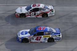 A.J. Allmendinger, JTG Daugherty Racing Chevrolet, Brett Moffitt, BK Racing Toyota