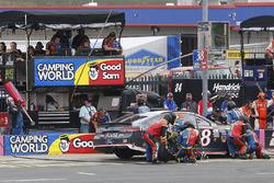 David Ragan, Front Row Motorsports, Ford Fusion pit stop