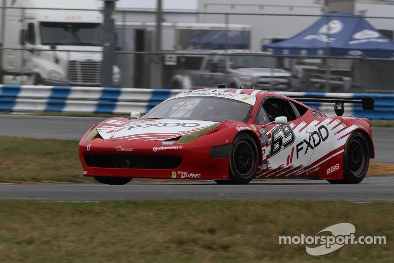 #69 AIM Autosport Team FXDD met Ferrari Ferrari 458: Emil Assentato, Anthony Lazzaro, Nick Longhi, G
