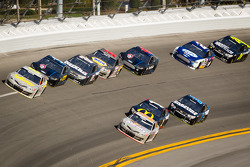 Clint Bowyer, Michael Waltrip Racing Toyota and Mark Martin, Michael Waltrip Racing Toyota lead a group of cars