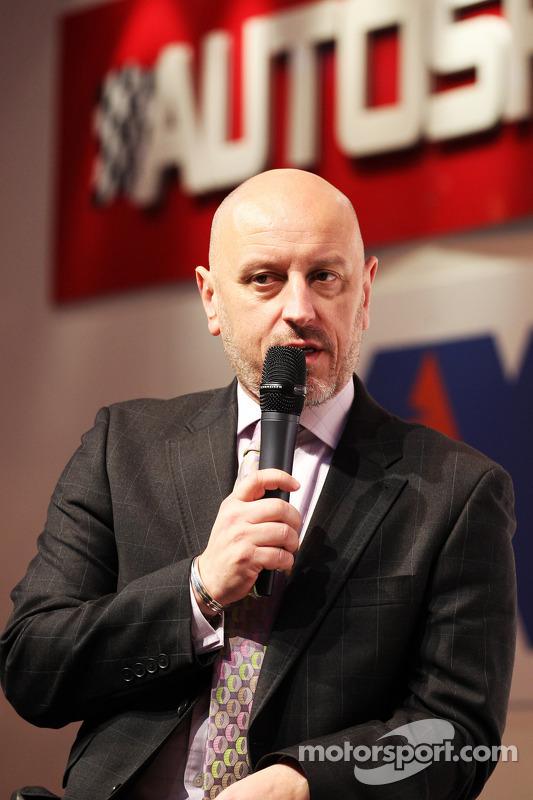 Gerard Quinn,  Chefe de esportes a motor da Ford  no Stand da Autosport