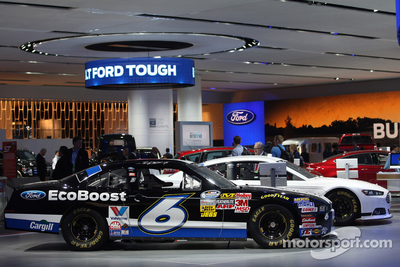Auto Show sfeer