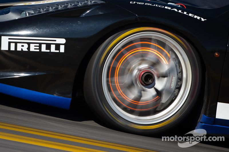 Red disk brake on the #85 Auto Gallery Ferrari 458: John Farano