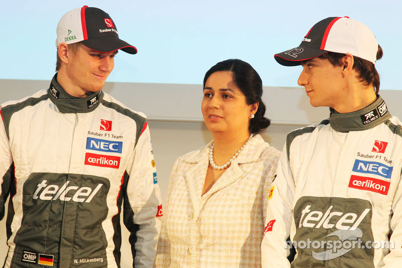 Nico Hulkenberg, Sauber with Monisha Kaltenborn, Sauber Team Principal and team mate Esteban Gutierrez, Sauber