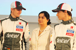 Nico Hulkenberg, Sauber with Monisha Kaltenborn, Sauber Team Principal and team mate Esteban Gutierrez, Sauber